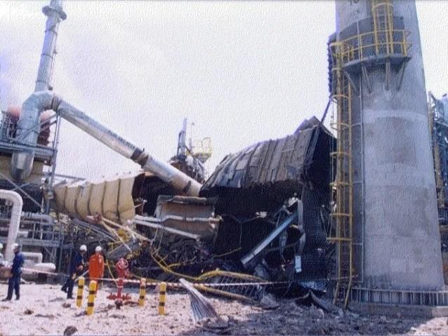 Boiler explosion at exxon mobil singapore