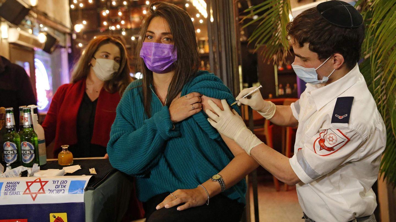 tel aviv wer sich gegen corona impfen