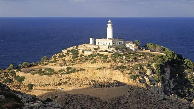 Los automovilistas que se dirijan a Cabo Formentor en Mallorca enfrentarán restricciones de acceso aún más estrictas en la próxima temporada de viajes.