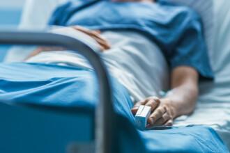 Familia unei paciente cu gripă, nemulţumită că medicii au externat-o din spital, iar a doua zi a murit