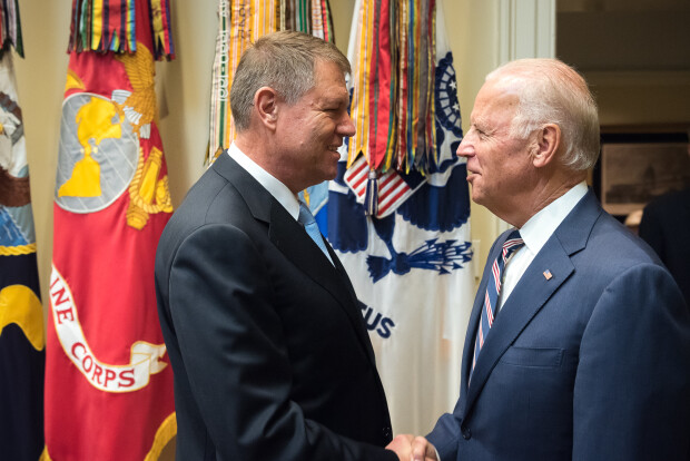 Image result for IOHANNIS,NATO,POZE