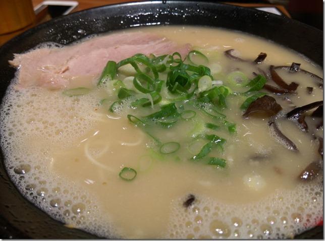 16_thumb1 新竹-博多一幸舍豚骨拉麵 湯頭怎麼了?
