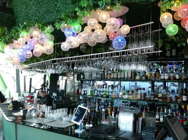 gardenbythebay06 Singapore-IndoChine-Gardens by the Bay中SuperTree上享受美食享受美景