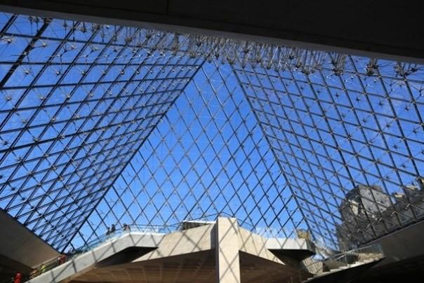 11111007 Paris-巴黎羅浮宮Musee du Louvre 藝術殿堂眼花撩亂看不完 一馬當先看蒙娜麗莎