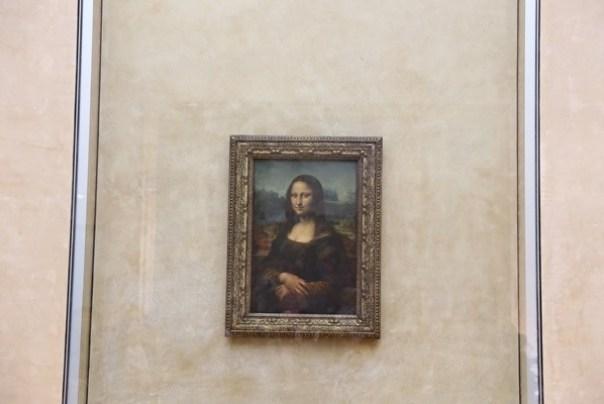 11111014 Paris-巴黎羅浮宮Musee du Louvre 藝術殿堂眼花撩亂看不完 一馬當先看蒙娜麗莎