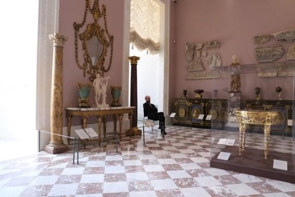11111042 Paris-巴黎羅浮宮Musee du Louvre 藝術殿堂眼花撩亂看不完 一馬當先看蒙娜麗莎