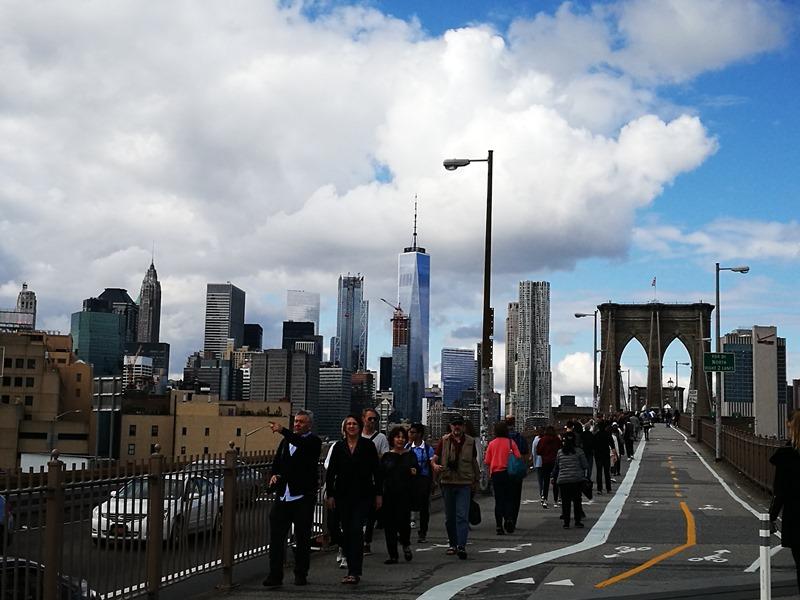 brooklynbridge01 New York-果真大蘋果之紐約真好玩 散步Brooklyn Bridge品味紐約天際線