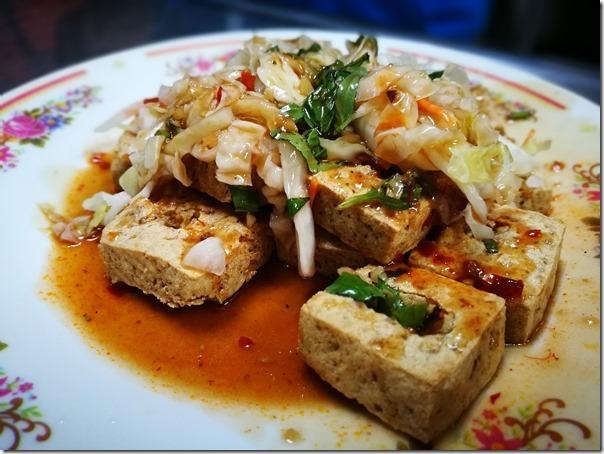 lindofu4_thumb 台東-林家臭豆腐 臭豆腐酥香泡菜清脆帶甜的美好搭配