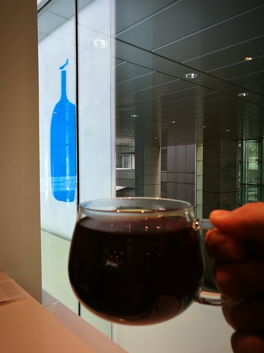 bluebottlecoffee09 Shinagawa-品川車站巧遇藍瓶子Blue Bottle怎麼樣也要來一杯