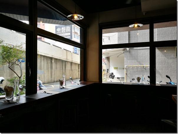 underbridge3_thumb 新竹-橋下 海鮮燉飯墨魚燉飯 口感一流