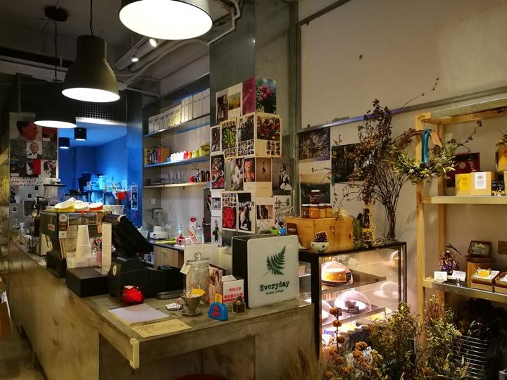 IMG_20170704_153720 大安-Very Good Cafe輕鬆舒適拈花惹草的咖啡空間