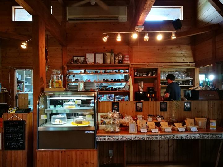 fuucafe06 Okinawa-沖繩瀨底島 綠樹環繞的隱藏版咖啡廳 Fuu Cafe自家咖啡搭配美味披薩與漢堡