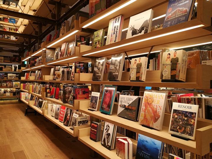 gsixtsutaya13 Ginza-銀座最新購物商場 GSIX櫃櫃都美 蔦屋書店 始終美麗的設計書店