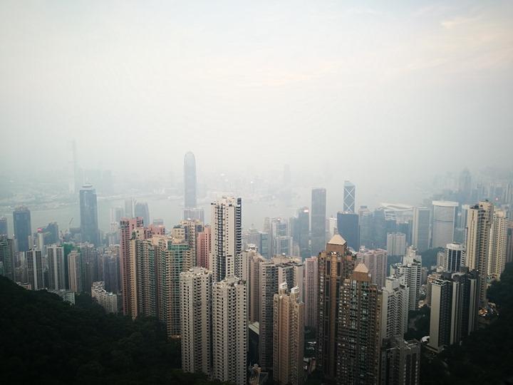 thepeak11 HK-擁擠的太平山The Peak 太平山夜景香港城市的擁擠