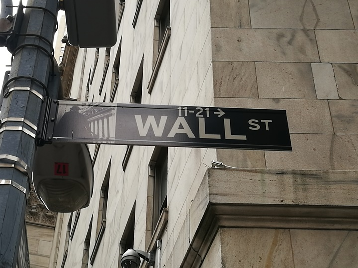 wallstreet2301 New York-紐約真好玩之華爾街的金融遊戲/帶領股市向上的金牛/無所謂的無畏女孩