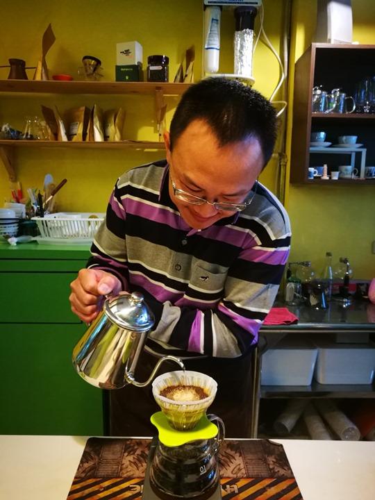songding3 中壢-松鼎咖啡 簡單來一杯手沖
