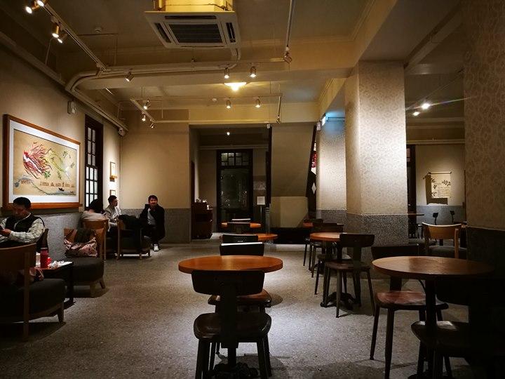 wanhuastarbucks10 萬華-古蹟遇到星巴克 萬華林宅 星巴克艋舺門市