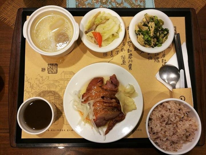 wewei17 南屯-無為草堂 老宅人文餐廳 鬧中取靜的桃花源
