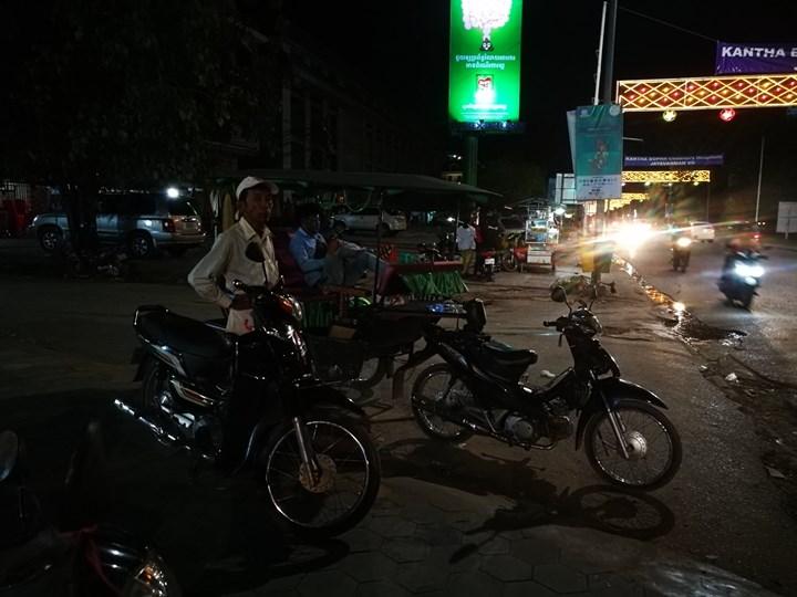 miecafe15 Siem Reap-Mie Cafe暹粒市區高棉式建築 改良式的高棉料理 氣氛一級棒