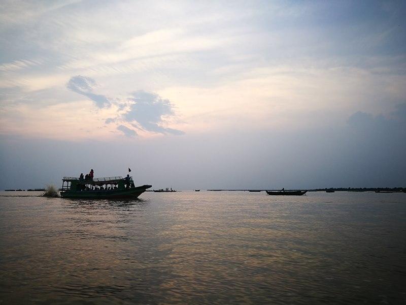 tonlesap41 Siem Reap-Tonle Sap洞里薩湖 柬埔寨的魚米鄉 落後環境中的知足生活