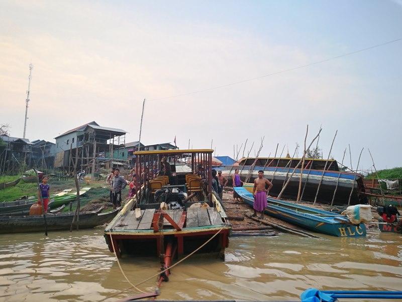 tonlesap46 Siem Reap-Tonle Sap洞里薩湖 柬埔寨的魚米鄉 落後環境中的知足生活