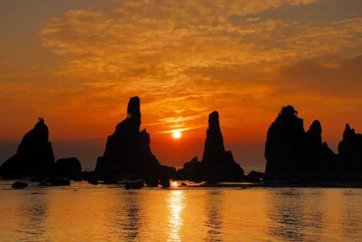Hashiguiiwa0128-1 Kushimoto-橋杭岩 和歌山串本地質奇景