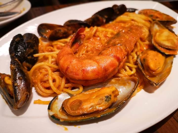 Pistachio07 Singapore-Pistachio Middle Eastern & Mediterranean Grill 1.8公斤戰斧震驚全場 好吃又好看