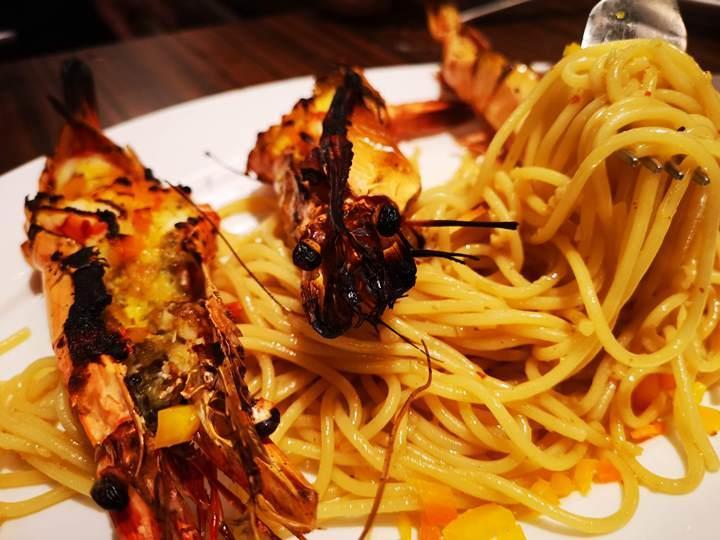 Pistachio08 Singapore-Pistachio Middle Eastern & Mediterranean Grill 1.8公斤戰斧震驚全場 好吃又好看