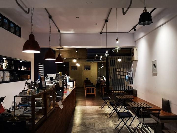 dawncafe06 新竹-續日Cafe 低調靜謐的工業風 清爽細緻的單品咖啡