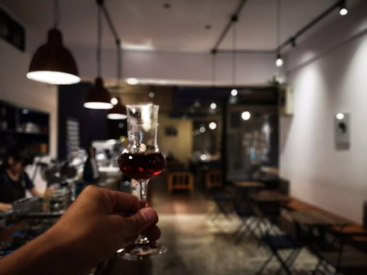 dawncafe27 新竹-續日Cafe 低調靜謐的工業風 清爽細緻的單品咖啡