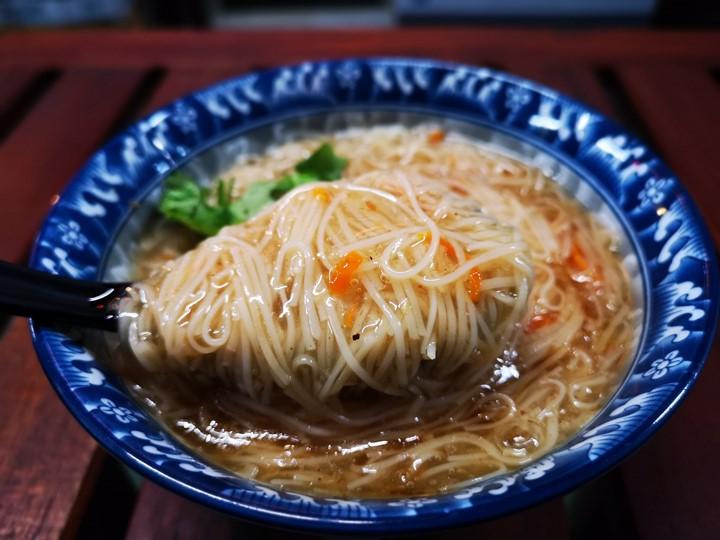 donmennnn15 新竹-老市場新氣象 文創風走進老東門市場...享初食堂 賣大腸麵線的居酒屋
