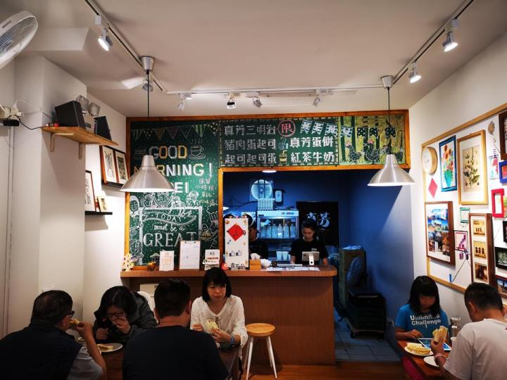 janefang03 信義-真芳碳烤吐司 鬧區中靜巷的人氣小店