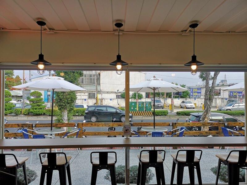 materialcafe18 中壢-素材日常咖啡Material Cafe 簡單貨櫃屋精巧美好的設計