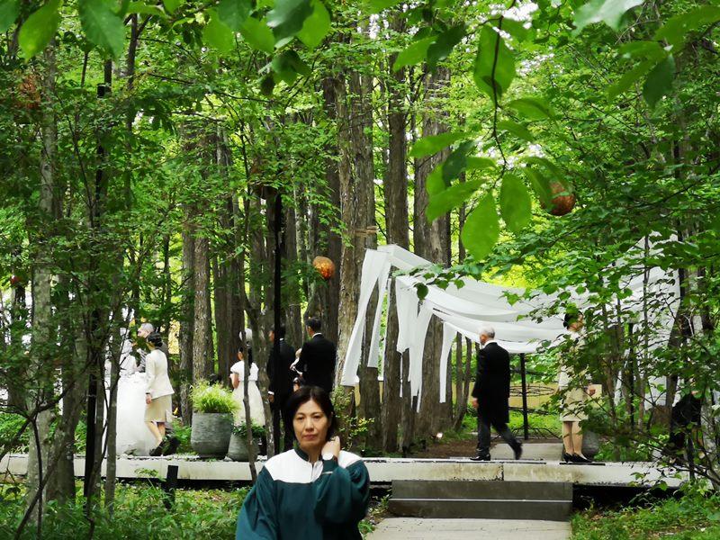 karuizawastreett26 Karuizawa-中輕井澤星野地區 榆樹街小鎮/高原教堂/石之教堂 品一口綠意的優閒雅致