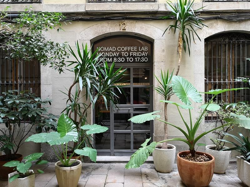 nomad02 Barcelona-巴塞隆納Nomad Coffee Lab & Shop美女執壺 好看也好喝