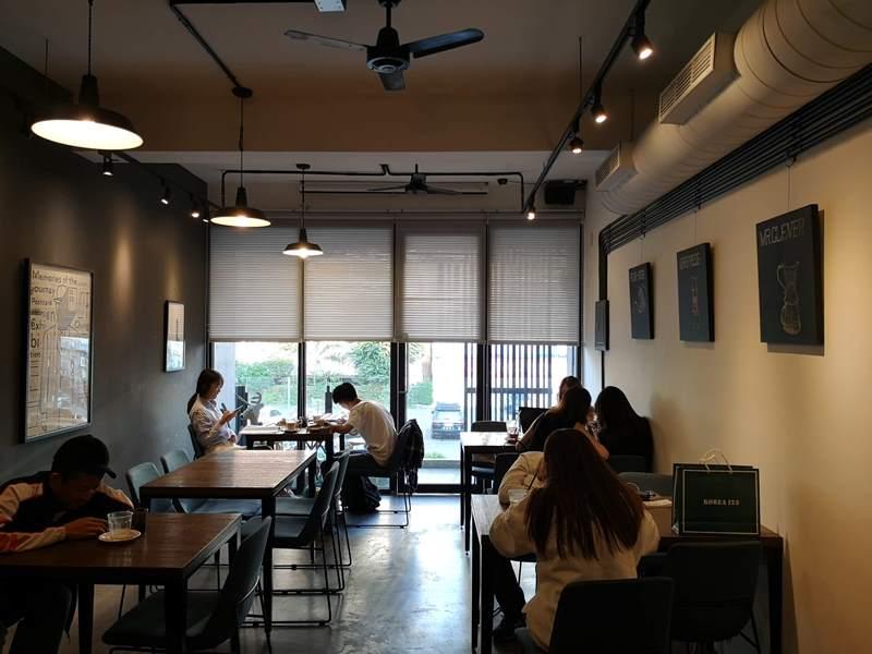 artisan17 前金-Artisan Cafe美森咖啡 手沖搭甜點輕鬆自在