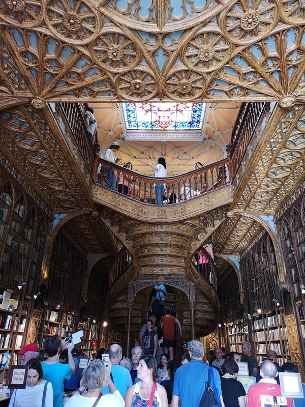 bookstore03 Porto-Livraria Lello波多 世界最美書店之一 JK羅琳加持的波多必遊景點