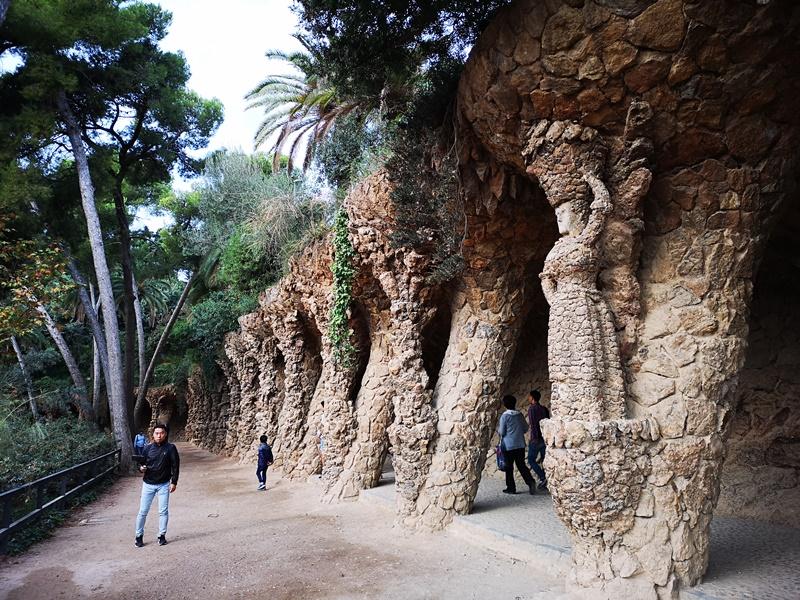 guellparkk04 Barcelona-巴塞隆納世界文化遺產  高第建築奎爾公園馬賽克蜥蜴太吸睛