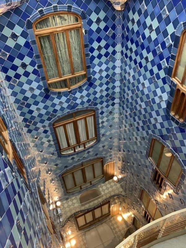 Casa-Batllo011112 Barcelona-巴塞隆納世界文化遺產 高第建築  巴特略之家/文森之家
