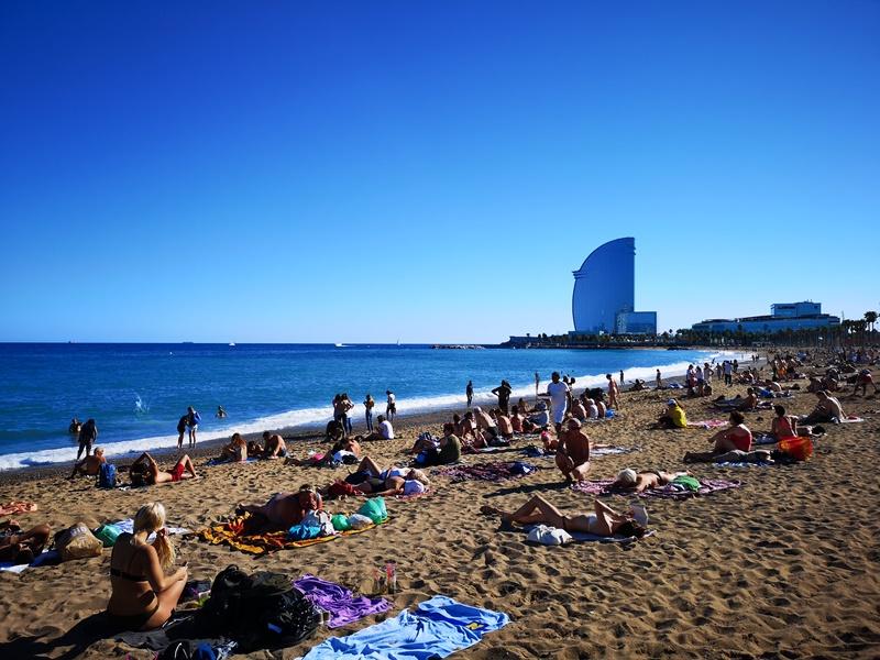 barcelonabeach10 Barcelona-嗨!地中海你好!! 巴塞隆納海岸Platja de la Barceloneta 海天一線超美