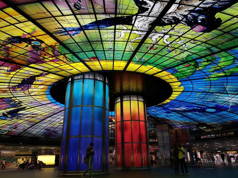 formosa08 新興-美麗島捷運站光之穹頂 世界最美地鐵站第二名