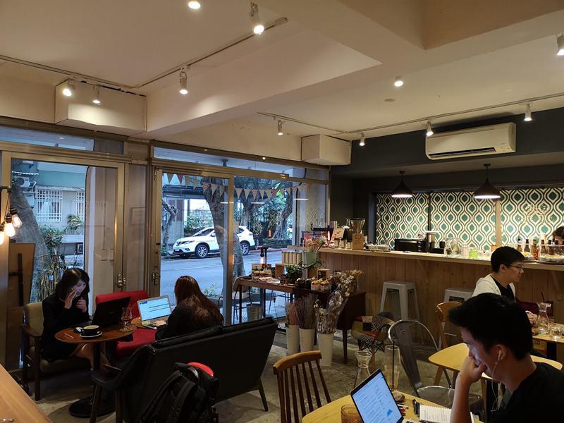 spooncafe09 松山-Spoon Cafe 民生社區簡單咖啡館 放鬆舒適環境超優雅