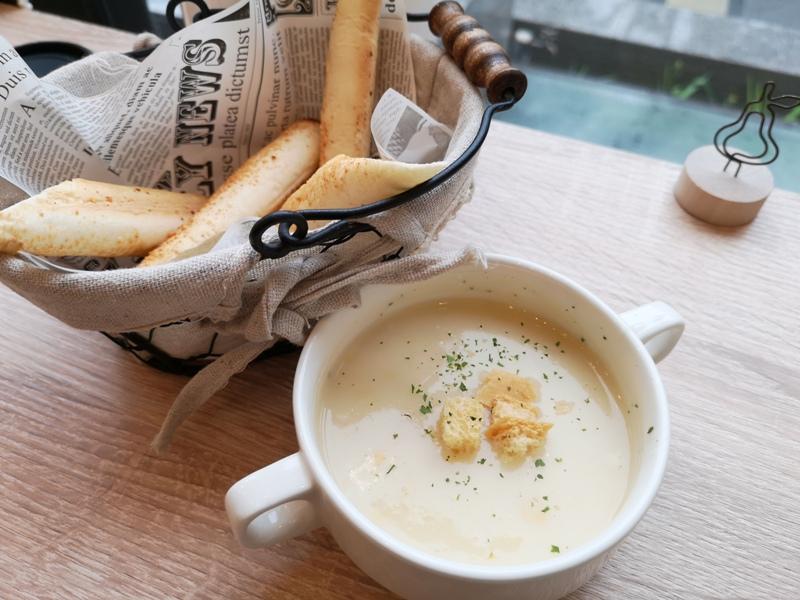 lncognito-cafe12 平鎮-匿境咖啡 簡單帶點唯美的浪漫 餐點挺好吃