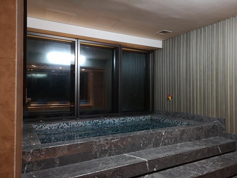xiamenmarriott37 Xiamen-廈門泰地萬豪酒店 乾淨的發亮的窗戶與地板...新的就是好