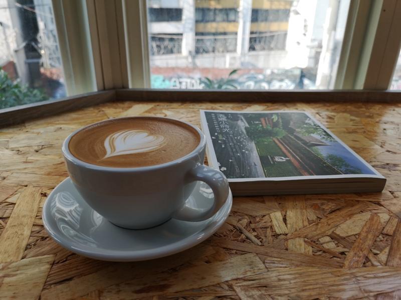findingaplace19 中壢-找個地方cafe 中原大學旁 鬧中取靜找一個好地方一本書一杯咖啡