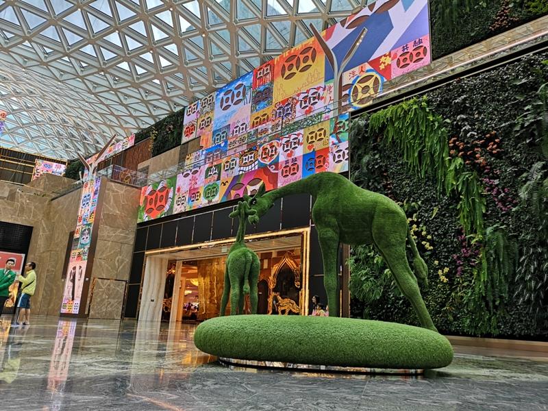 mgm19 Macao-澳門美獅美高梅MGM宛如美術館的購物中心 賭也要賭的優雅
