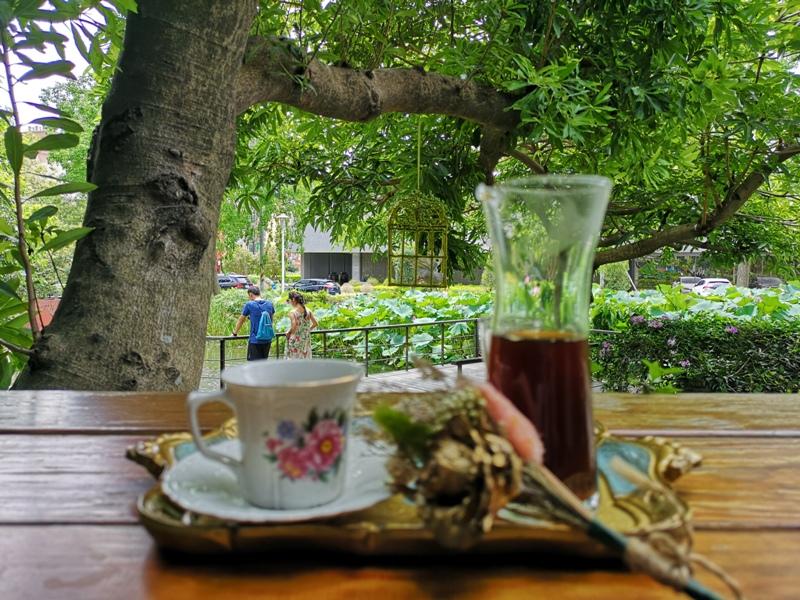 redbrick23 竹北-新瓦屋紅瓦紫藤 在花園也是花園的超綠意咖啡館