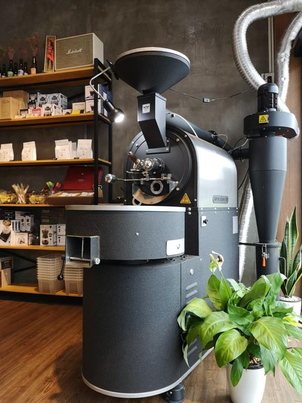 againagain04 中壢-再再之在 車庫改裝的咖啡空間 香氣滿溢