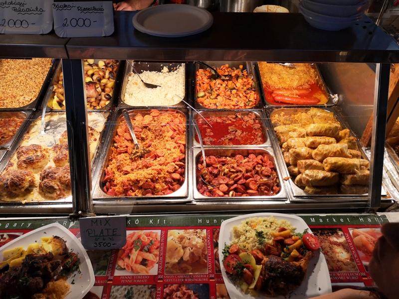 budapestcentralmarket26 Budapest-本地人的菜市場 觀光客的遊樂場 布達佩斯的中央市場Nagy Vásárcsarnok(Central Market)