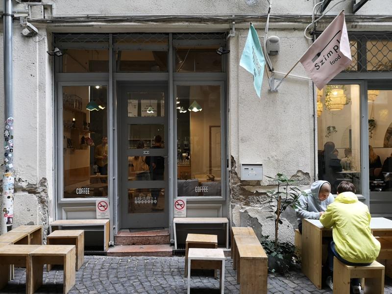 kontakt01 Budapest-布達佩斯Kontakt 咖啡會說話